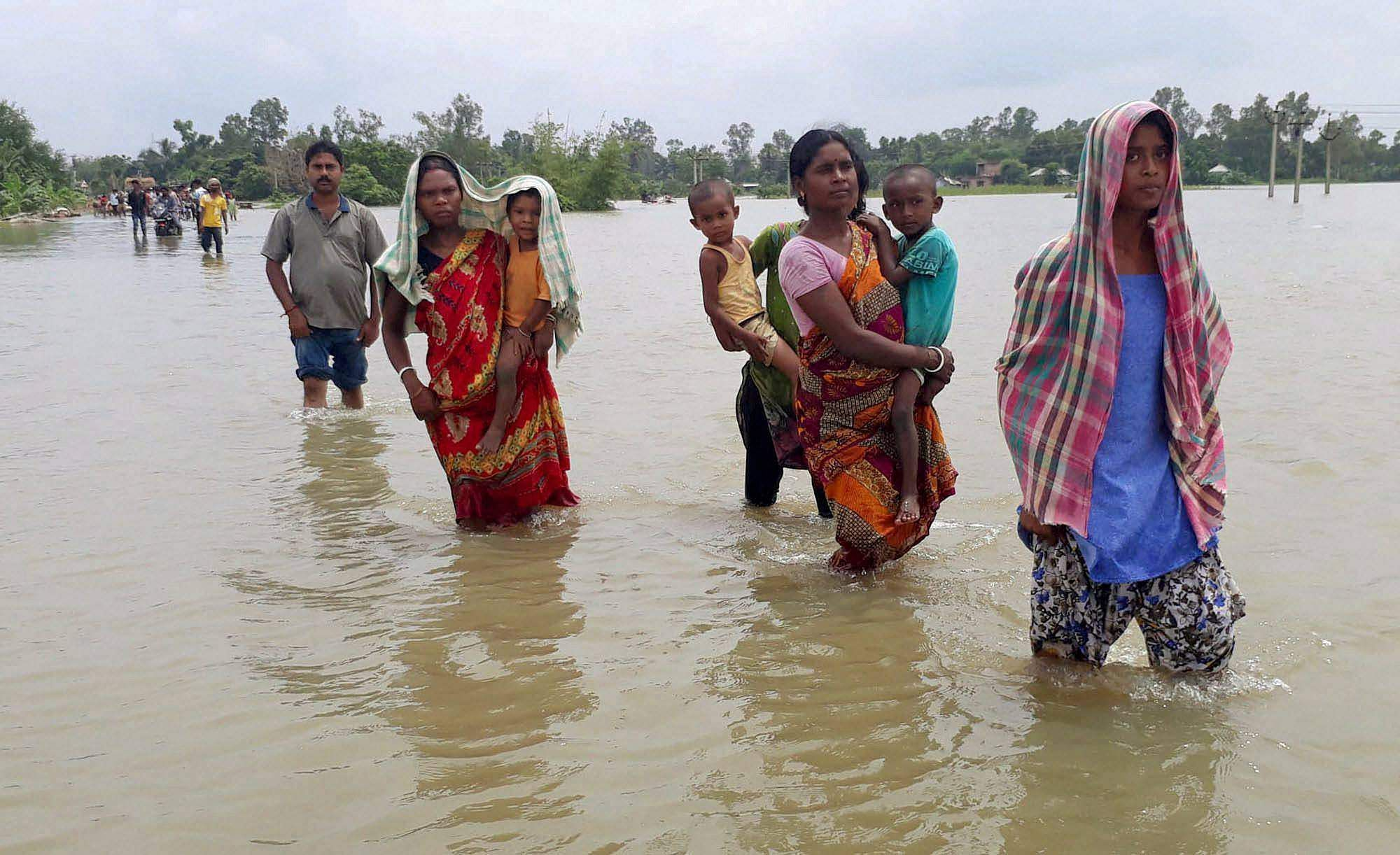 Border outposts submerged as Bengal floods worsen, patrolling gets tougher