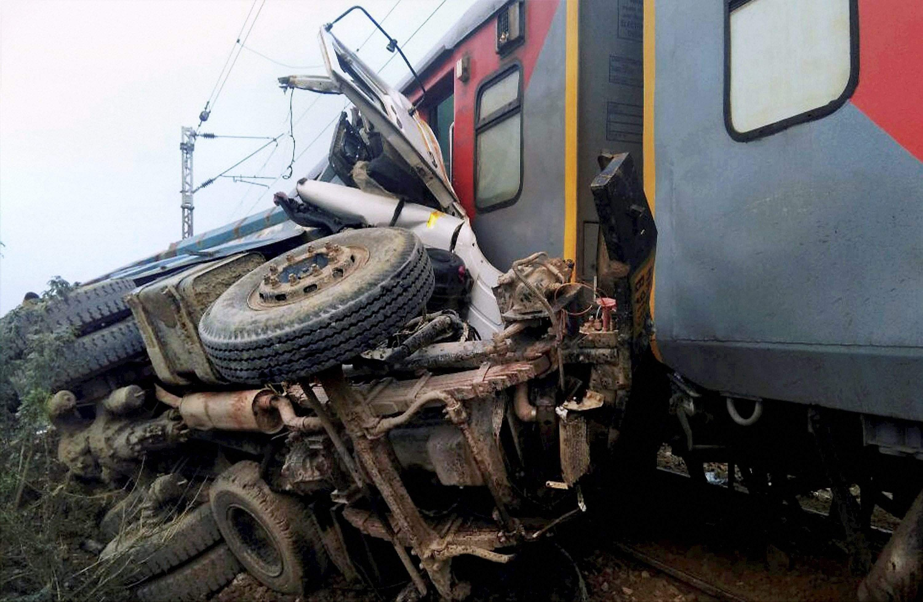 50 injured in second Indian train accident in four days