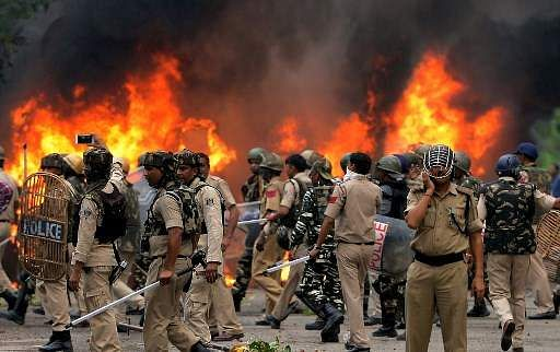 Searches at 98 dera centres; lathis, petrol bombs recovered: Captain Amarinder