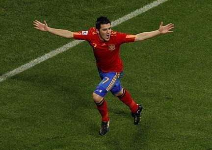 David Villa back in Spain squad