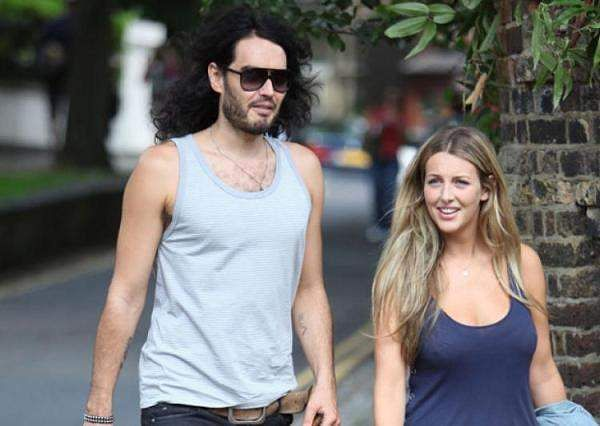 Russell Brand marries fiancee Laura Gallacher