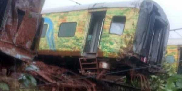 Nine coaches of the Nagpur-Mumbai Duronto Express derailed in Maharashtra's Thane district on Tuesday. | Express Photo Service