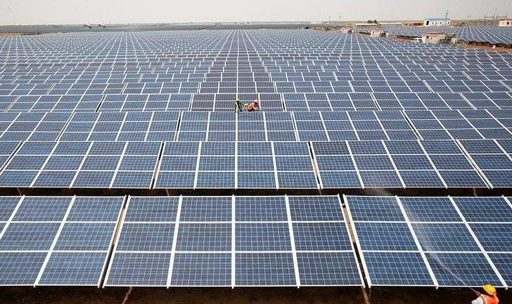 Solar power is fastest growing fuel of 2016 - International Energy Agency