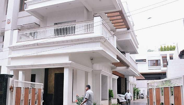 Gujarat Legislators To Start Returning Tomorrow From Bengaluru Hideaway