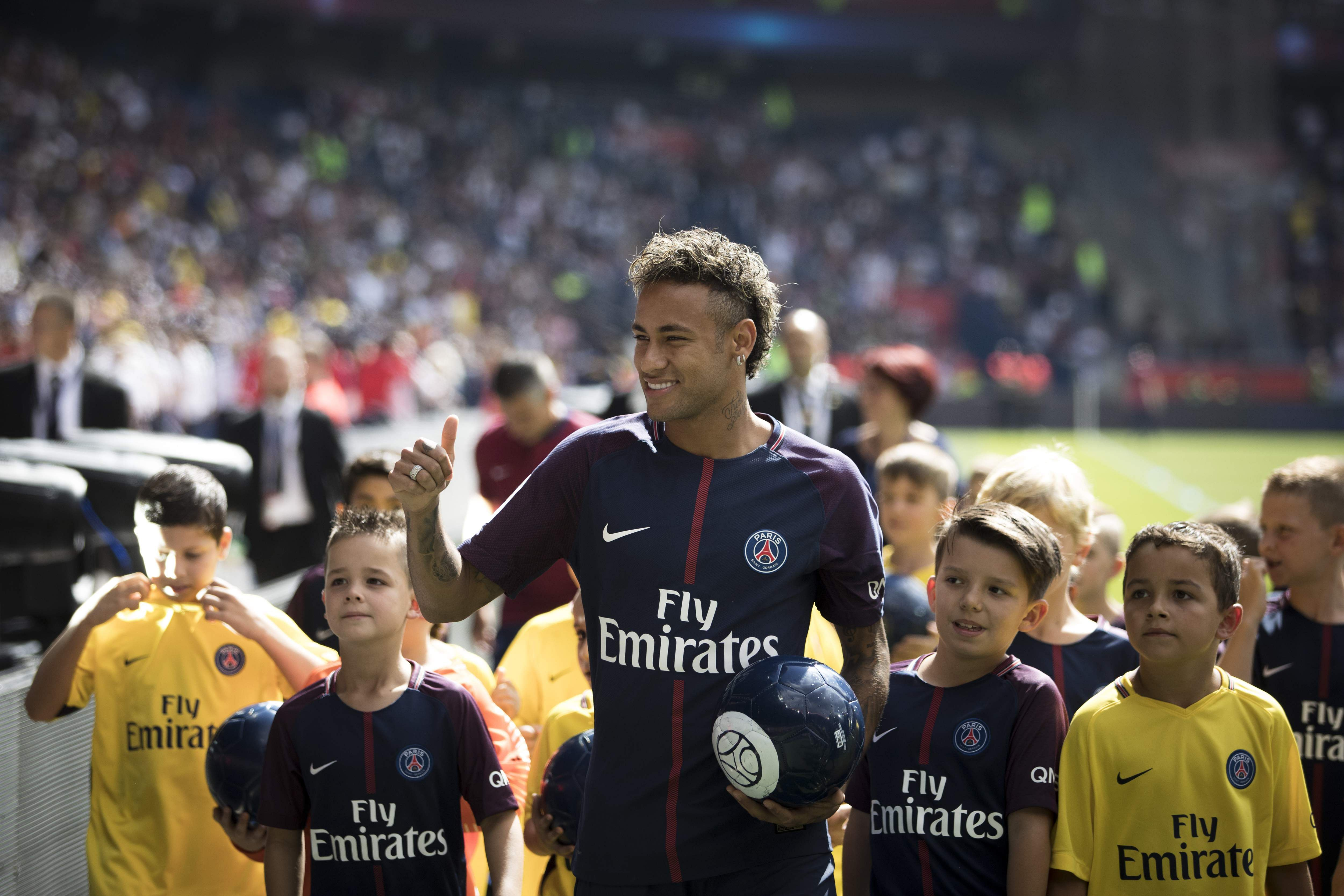 neymar s psg move a statement from qatari investors to. Black Bedroom Furniture Sets. Home Design Ideas