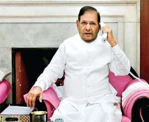 Sharad Yadav, Ali Anwar seek month's time to reply to RS communication