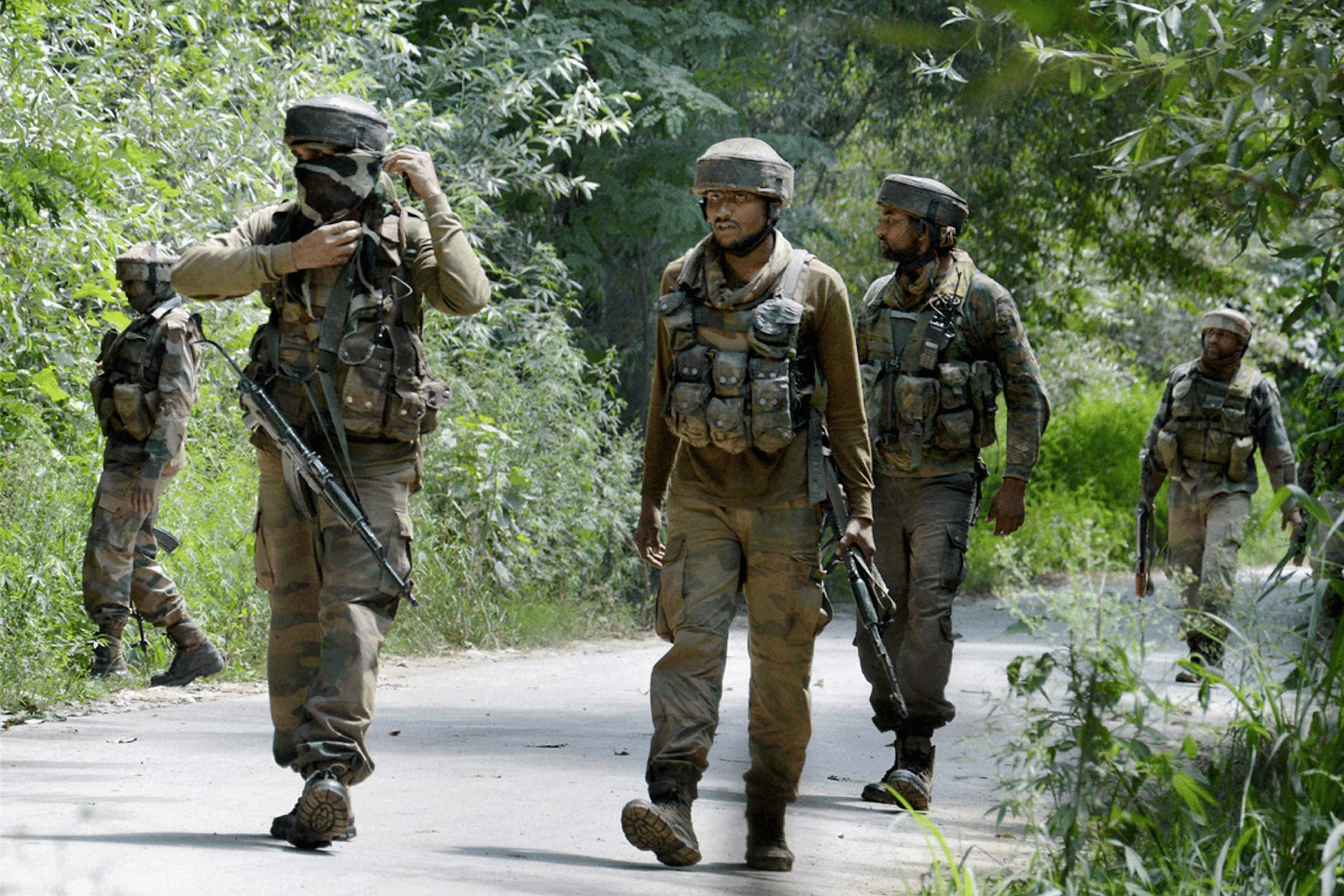 Three civilians, cop injured in Kashmir grenade attack