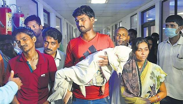 Gorakhpur Tragedy: Dr. Kafeel Khan Arrested, Non-bailable Warrants Issued Against Six