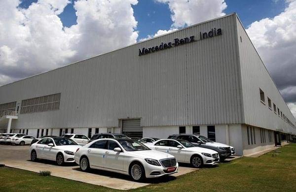 Ncdrc asks mercedes benz and daimler chrysler to pay rs 10 for Mercedes benz daimler chrysler