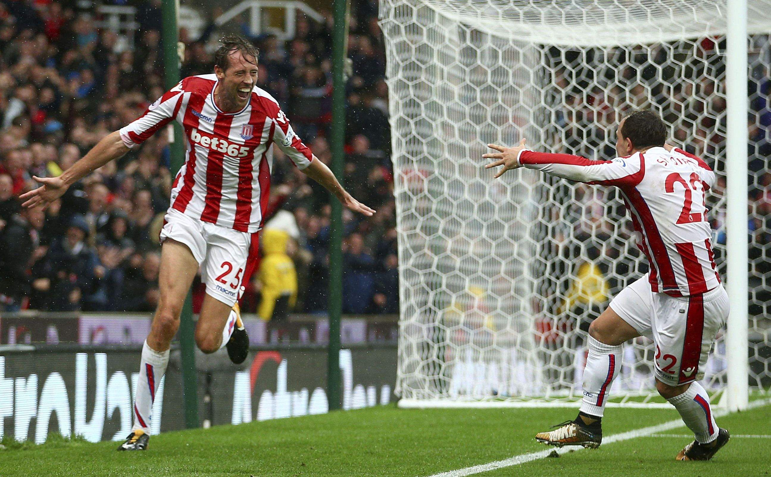 Crouch nudges Stoke past struggling Southampton