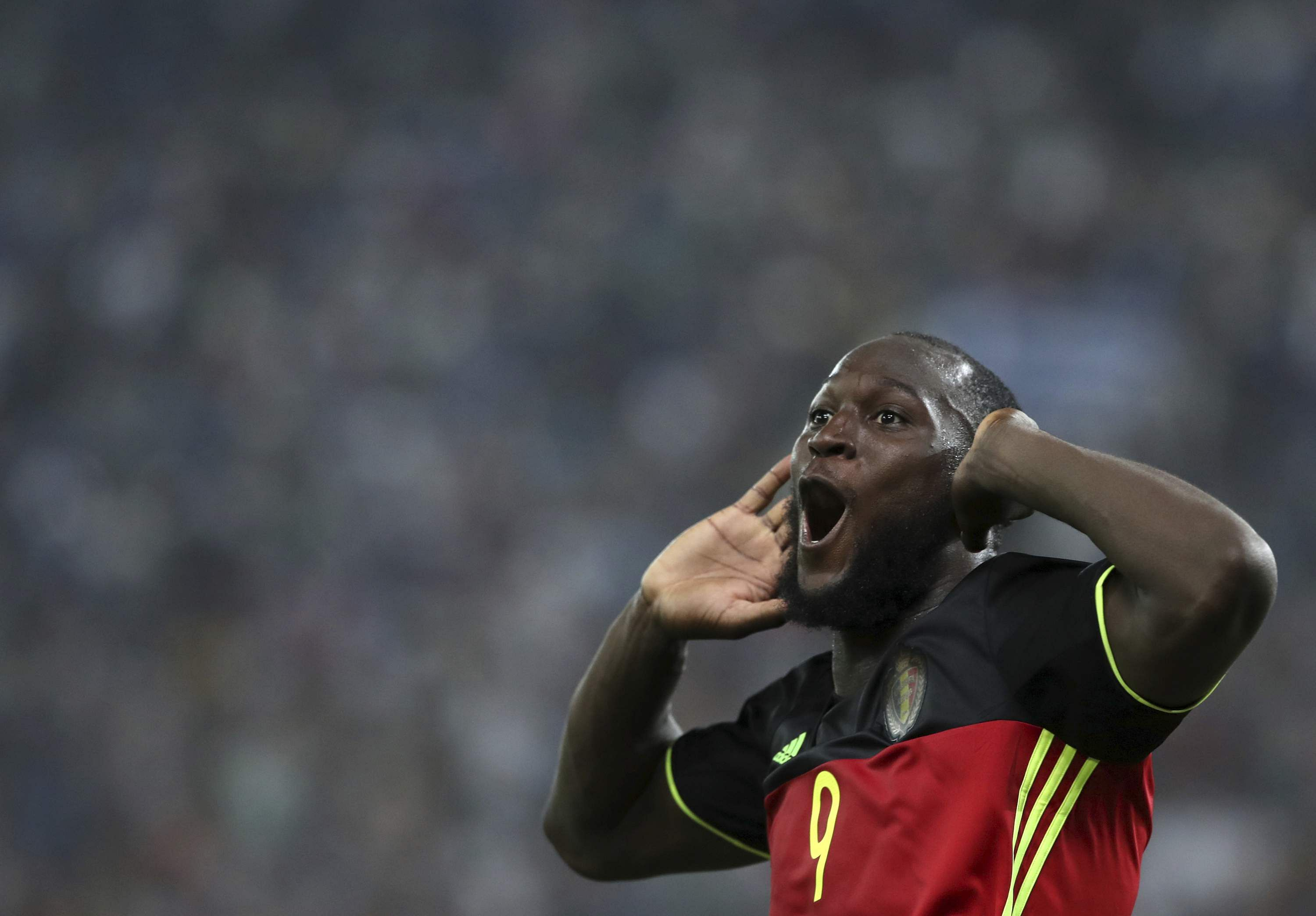 Lukaku sends Belgium to World Cup with 2-1 win in Greece