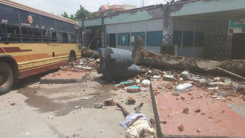 Roof of a bus stand collapsed in Somanur, near Coimbatore