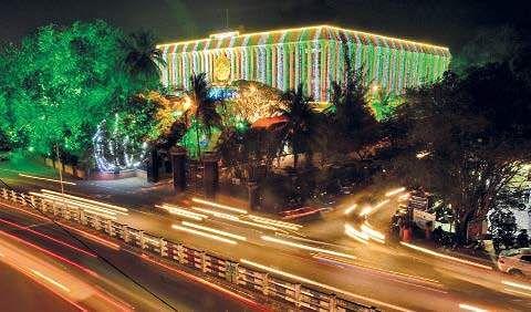 Kerala CM Pinarayi Vijayan convenes maiden Loka Kerala Sabha