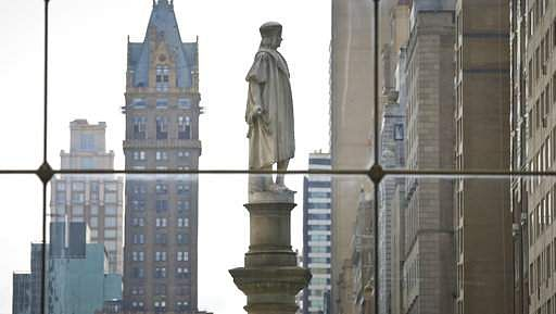 No Traveling for New York's Columbus Statue, Mayor Decides