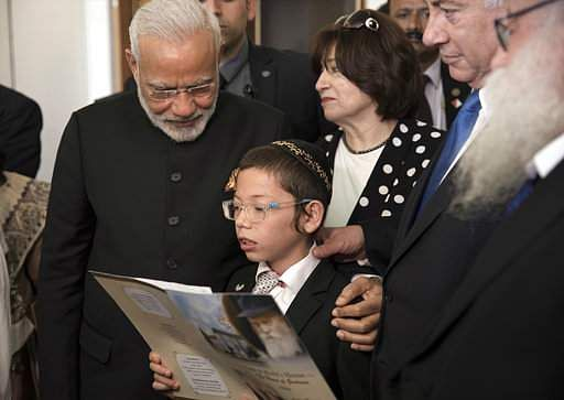 Jewish child orphaned in Mumbai attacks makes first visit