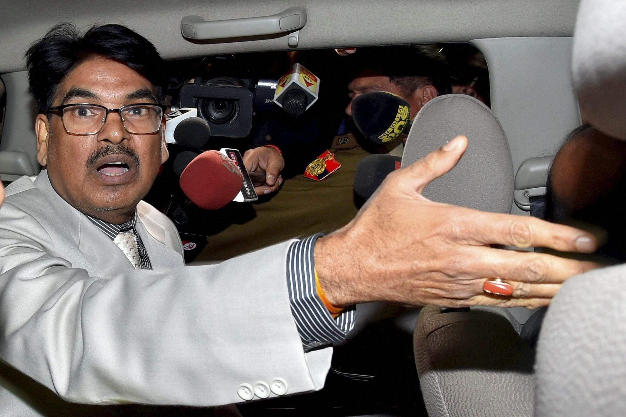 Supreme Court crisis: Bar delegations meet CJI