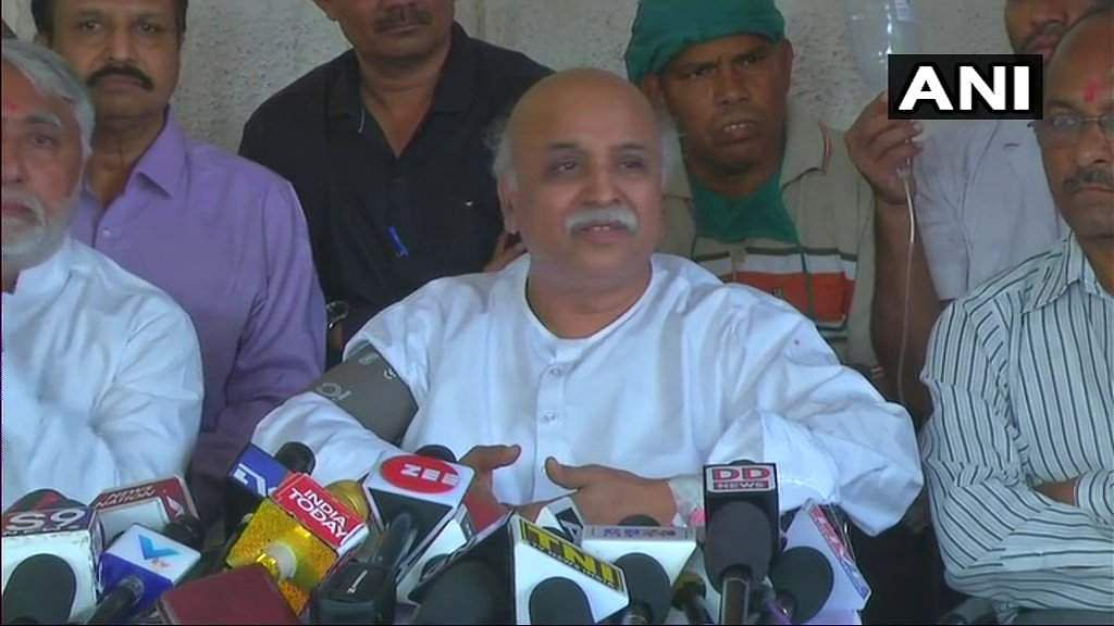 Pravin Togadia goes 'missing', found unconscious in Ahmedabad
