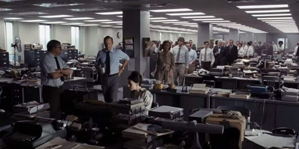 Tom Hanks (L) and Meryl Streep (R) in a screengrab from the trailer pf 'The Post'.