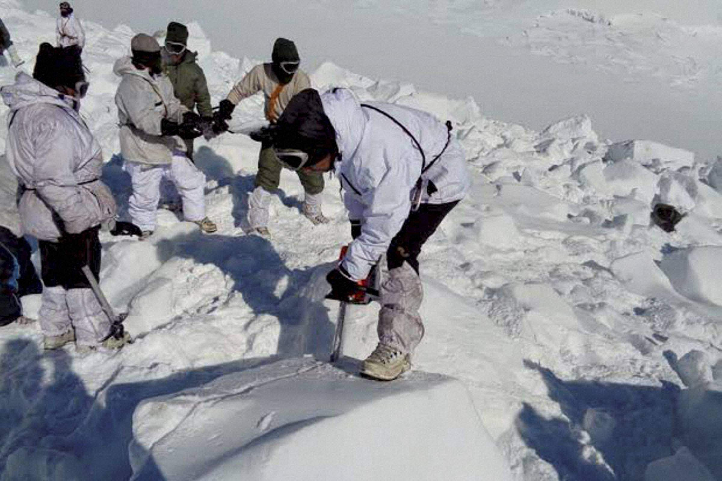 Lolab avalanche: Bodies of 3 hunters found after 6 days