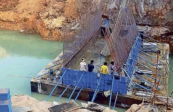 Construction of the offtake sluice underway at Chapara village | Express