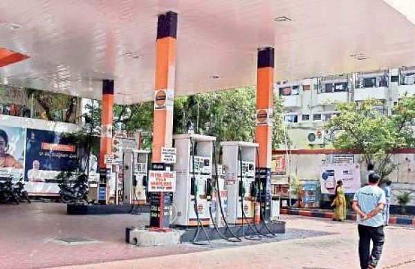 Petrol, diesel prices continue to spiral in Delhi, other cities- The New Indian Express