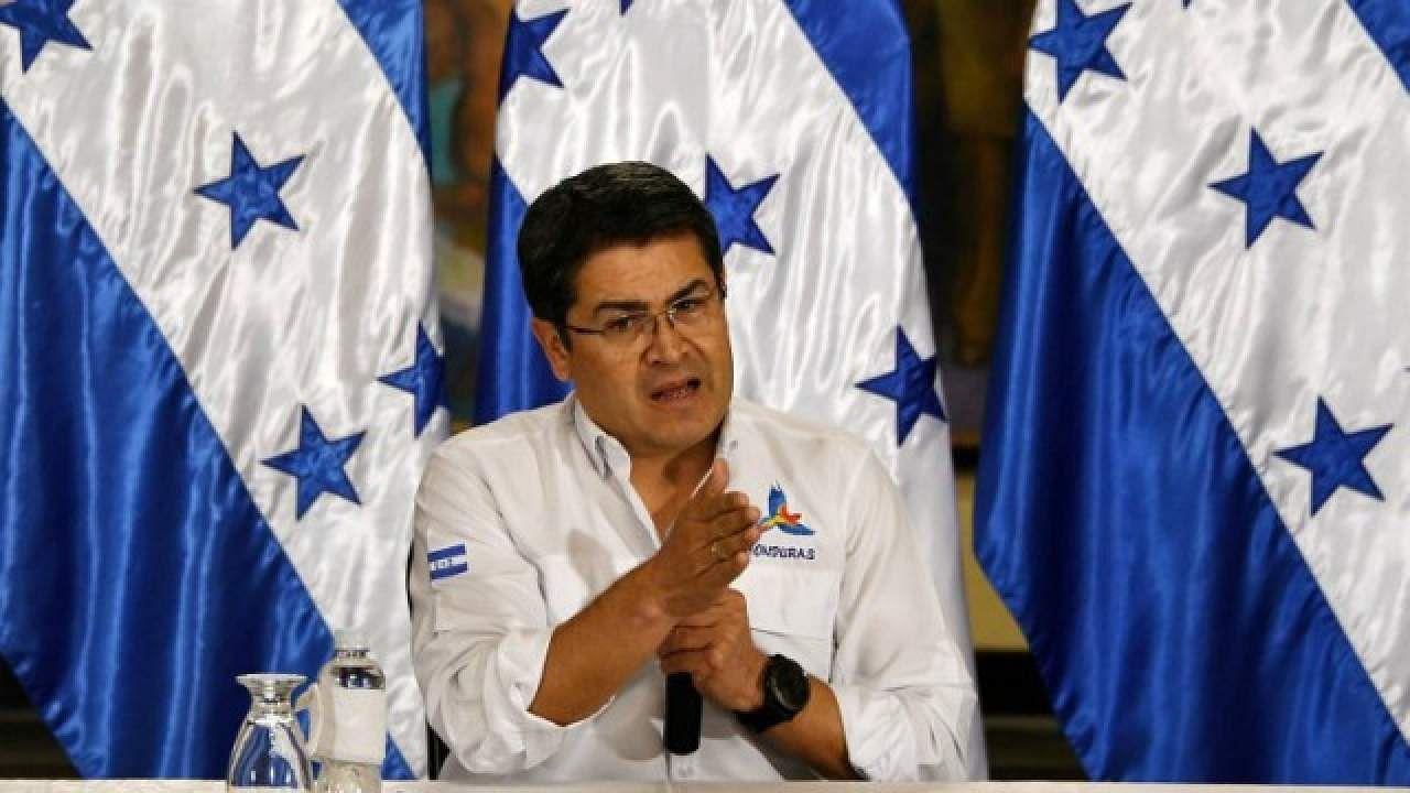 Honduran President Hernández sworn in amid protests