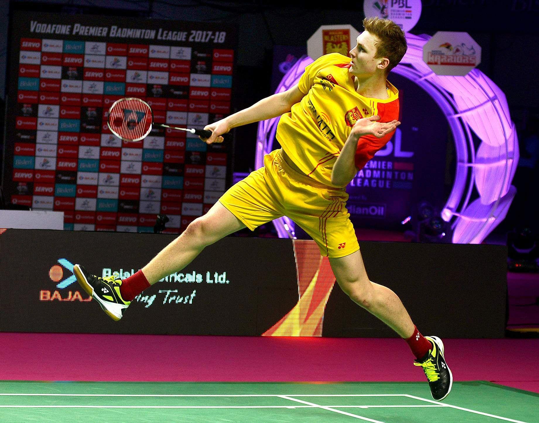 victor axelsen badminton