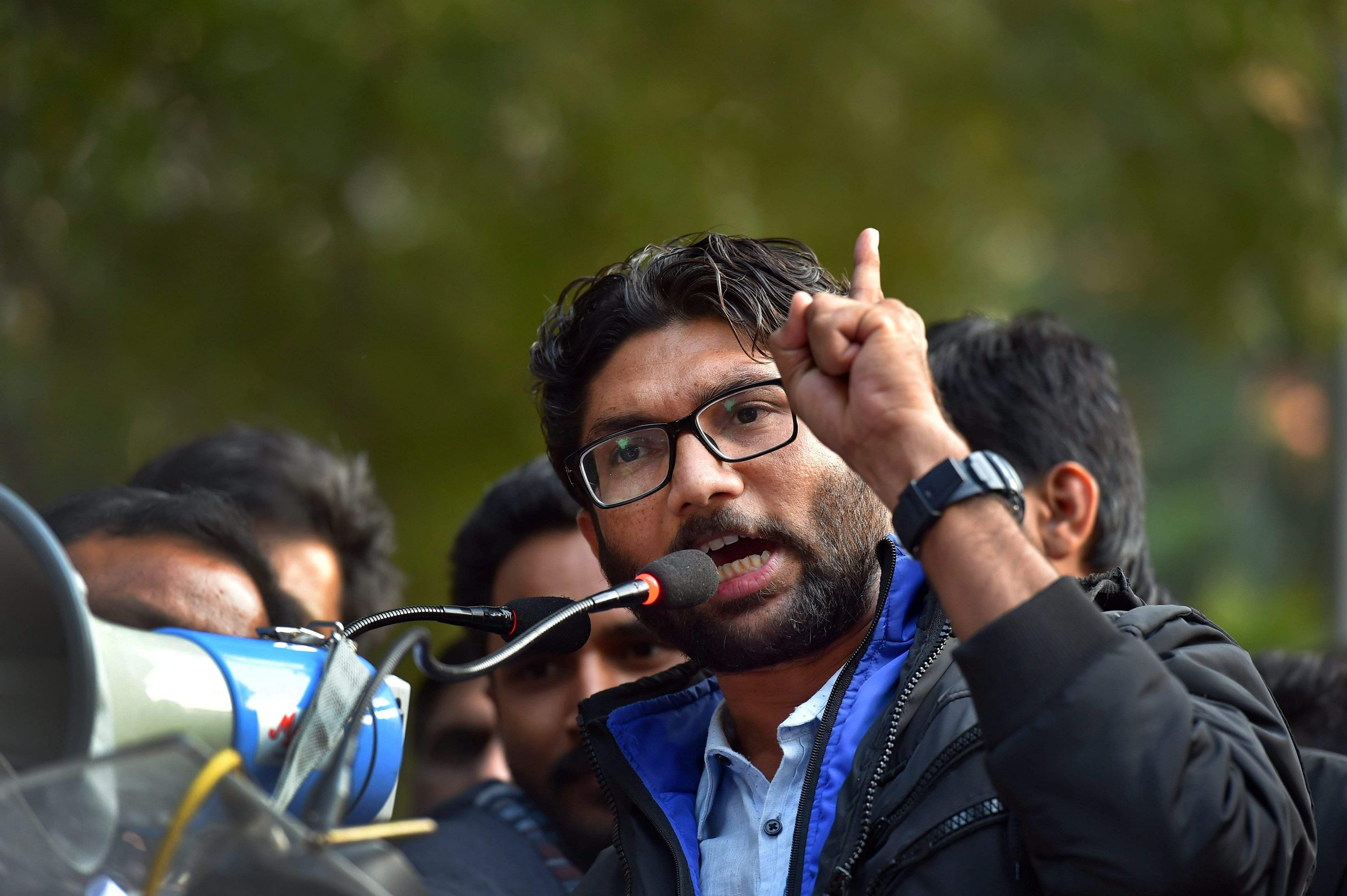 Kanhaiya Kumar spotted at Mevani's Yuva Hunkar rally