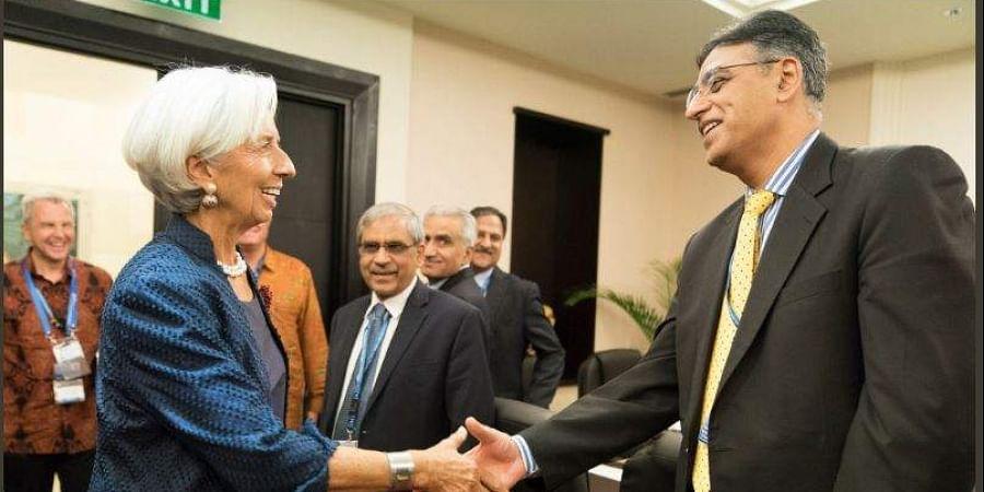 IMF chief, Pakistan Finance Minister meet as Islamabad seeks bailout