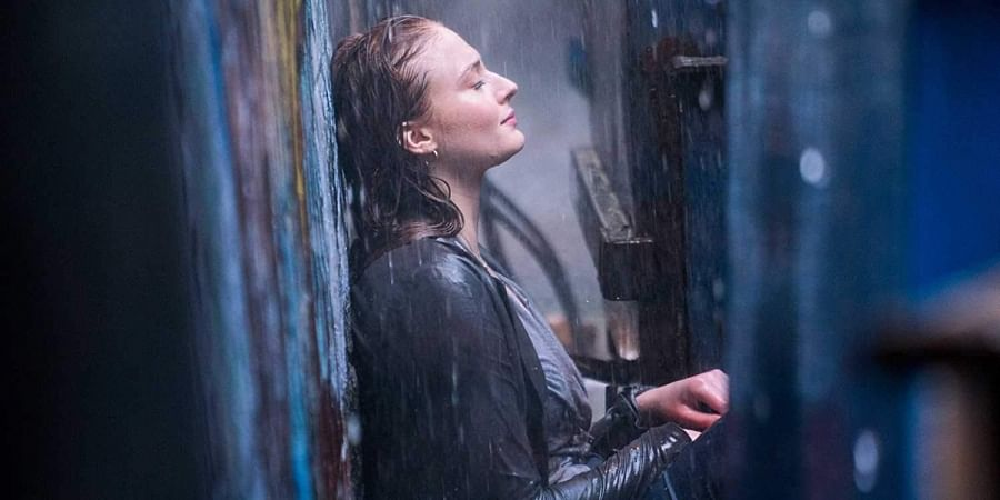 Sophie Turner reads up on mental illnesses to prepare for X-Men