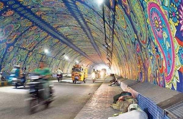 Destitutes sleeping at Chitti Nagar tunnel in Vijayawada on Wednesday | P Ravindra Babu