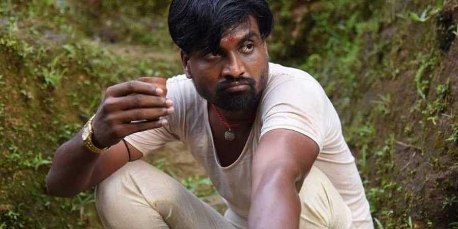 Vetri Maaran told me to continue acting: Vada Chennai actor