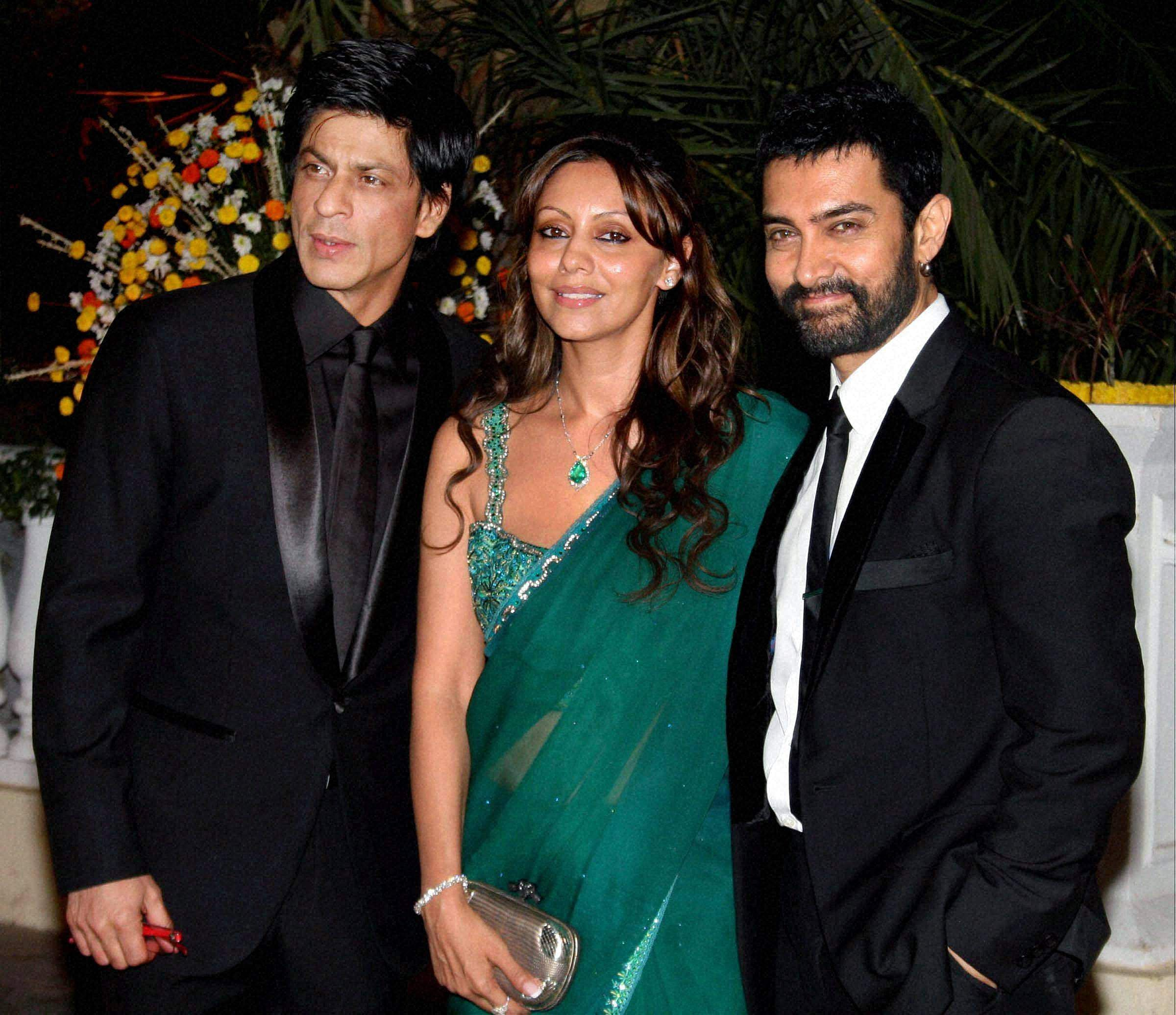 shahrukh khan wife picture