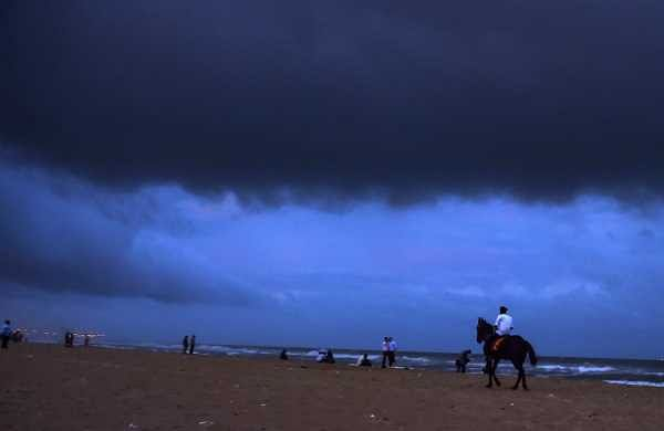 Dark clouds hover over Marina beach before the arrival of cyclone 'Gaja' in Chennai on Nov 15 2018.(Photo | PTI)