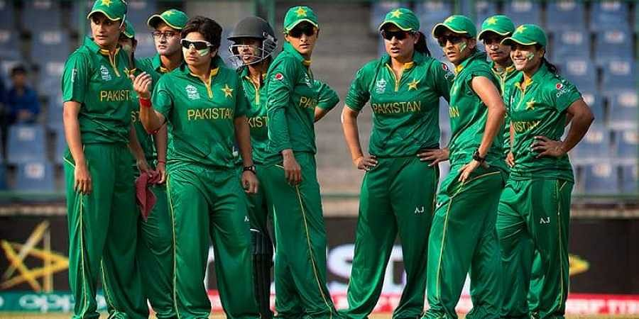 Twitter Banter Icc Trolls Unreasonable Pakistan Fans Over