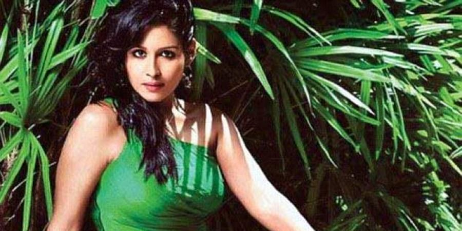 Kochi Beauty Parlour Shooting Cops To Record Statement Of Actress Leena Maria Paul The New