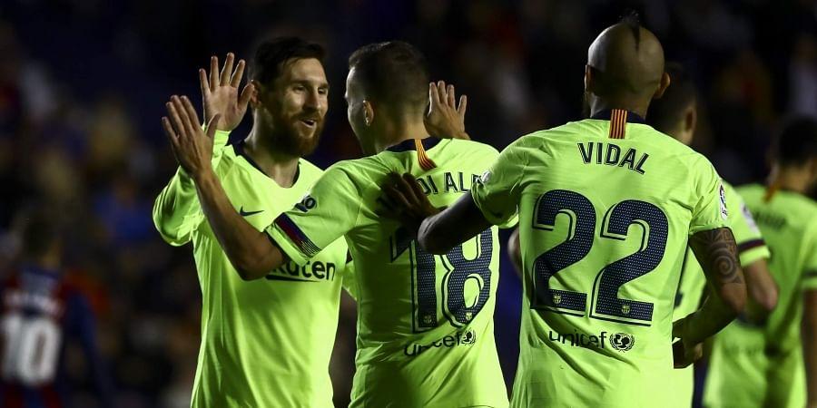 Lionel Messi hat-trick against Levante restores Barcelona s La Liga ... 407e442d2eea4