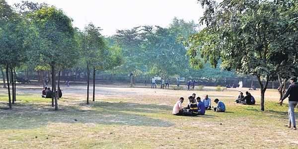 Noida park, sector 58, namaz
