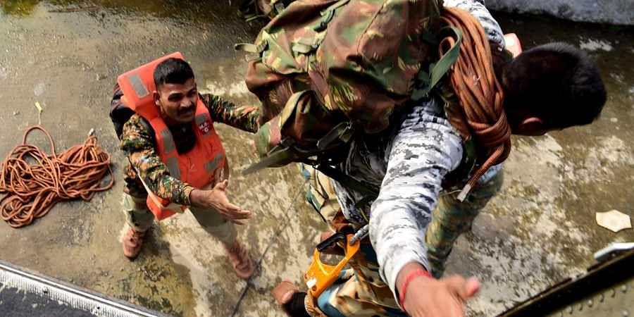 Kerala floods, Indian Navy