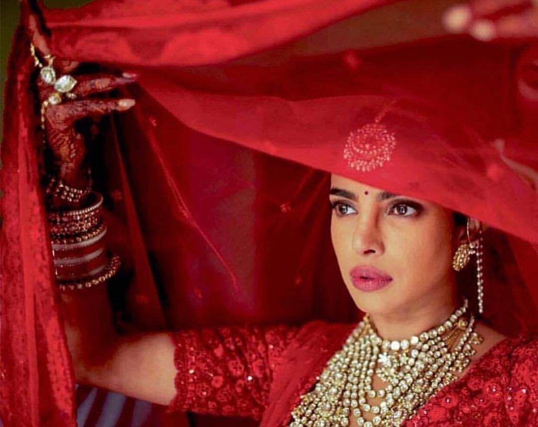 PriyankaChopra-NickJonas-Hinduwedding