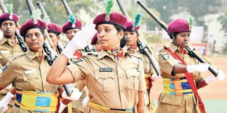 Women cops, Home guards, Parade