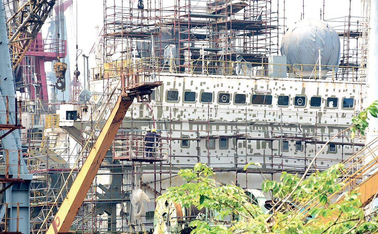 Explosion in Cochin shipyard; Two Keralites among 5 killed