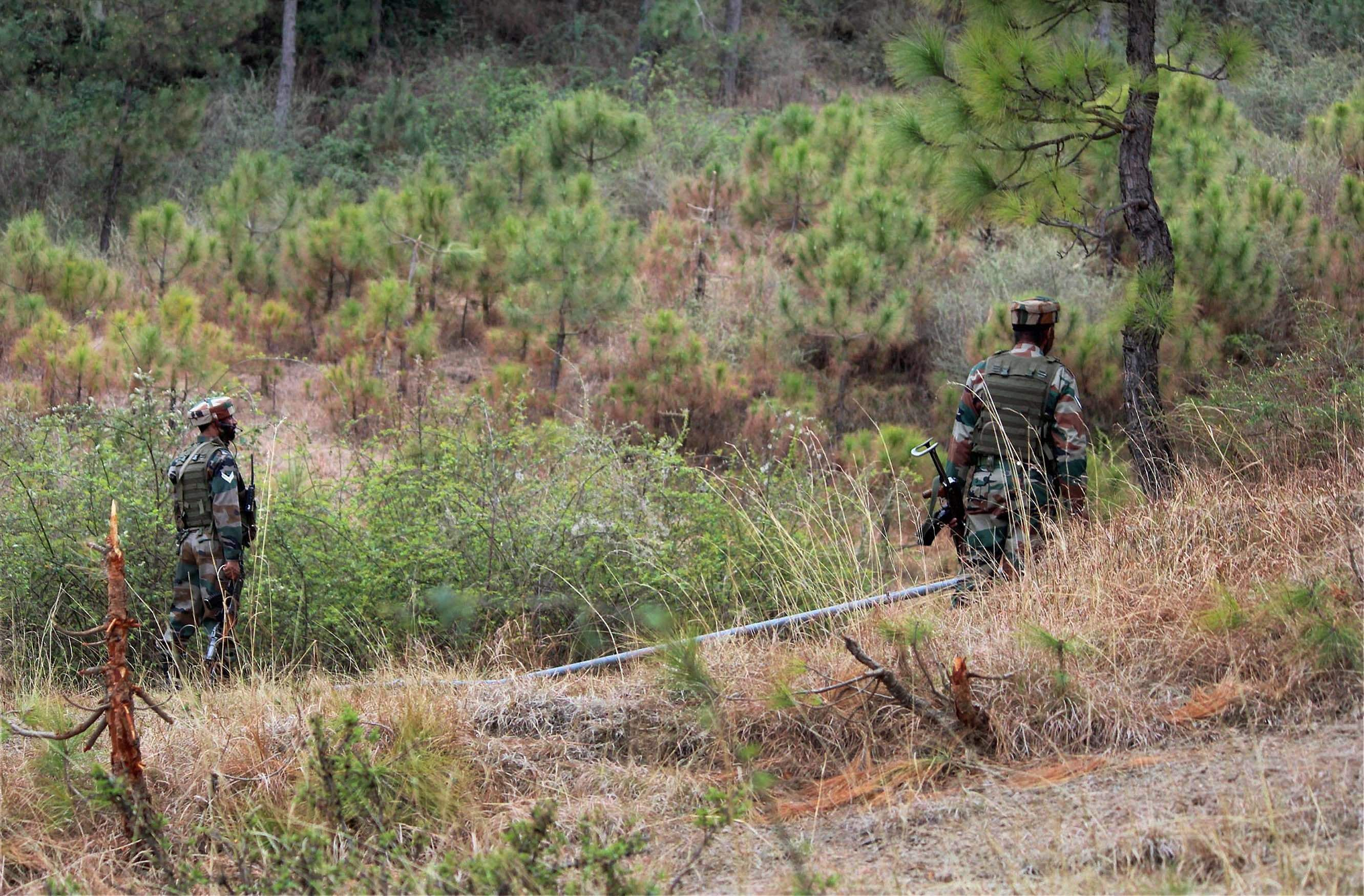 Army foils infiltration bid by terrorists in Poonch