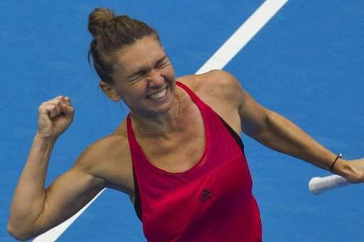 Dominant Wozniacki, Halep cruise into Qatar Open third round