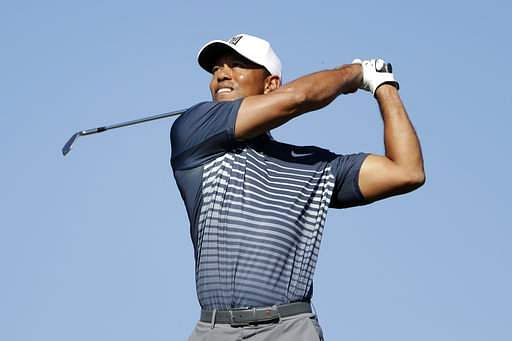 Woods' driving woes persist at Genesis Open