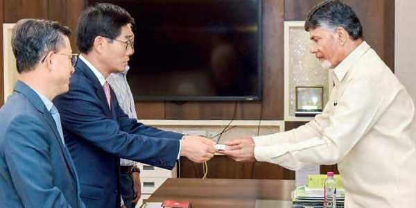 Andhra Pradesh may get India's largest paper mill, discussions begin