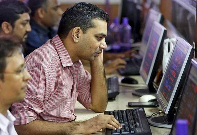 Sensex slips 100 points, Nifty tests 10350 ahead of F&O expiry