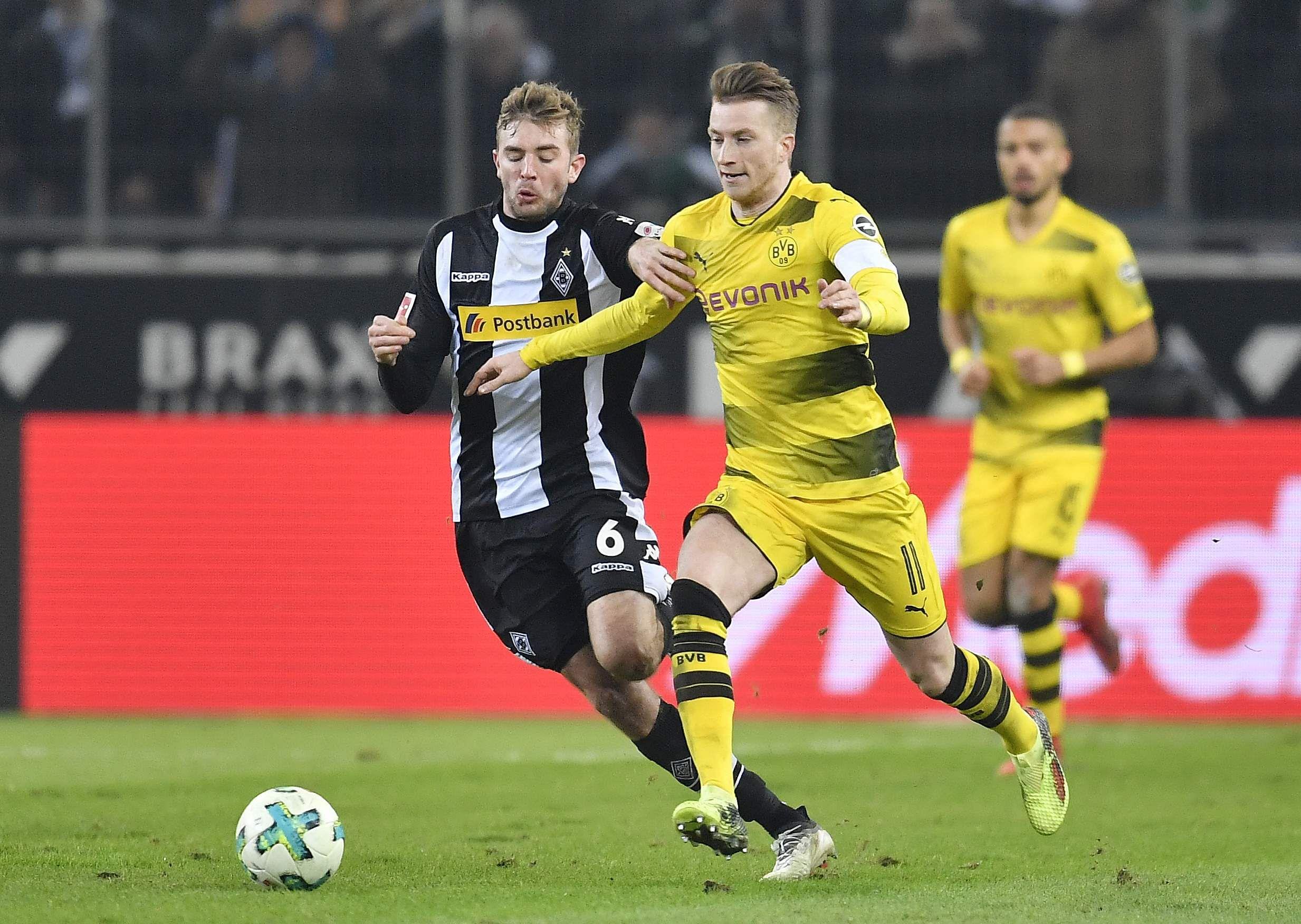 Reus screamer sees Dortmund beat Gladbach