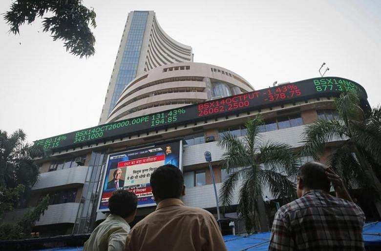 Market hits a green opening, up by 195 points