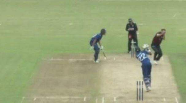 Ball goes for a six after hitting the bowler's head